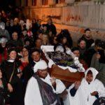 Corteo funebre per la morte del cARNEVALE